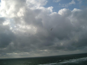 Dunkle Wolken über der Nordsee